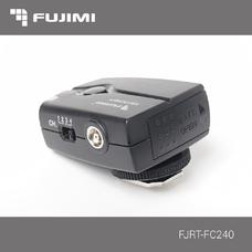 Fujimi FJRT-FC240 Синхронизатор для вспышек Canon / Nikon